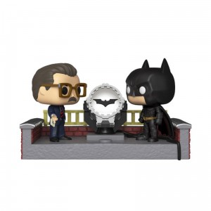 Funko POP DC - Batman with Light Up Bat Signal # 291